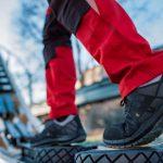 Kvalitetni delovni čevlji varujejo pred poškodbami